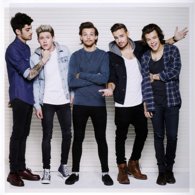 2016-official-18-month-calendars-one-direction-38628775-1280-1280
